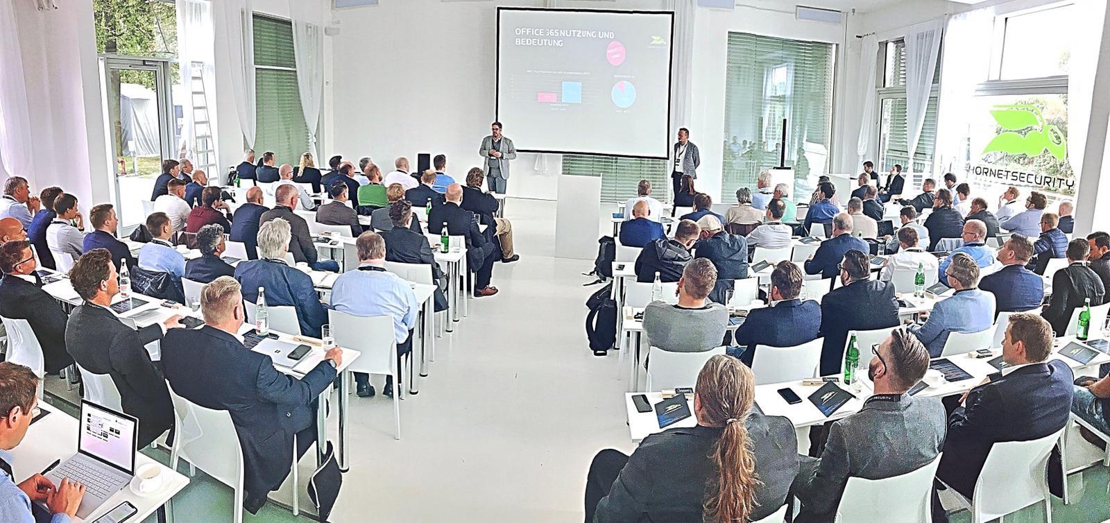 Daniel Blank und Daniel Hofmann beim Hornetsecurity Partnerdialog 2019